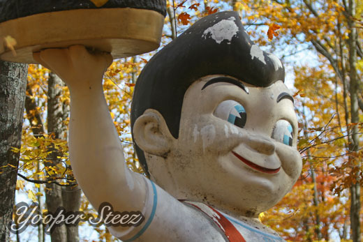Upper Peninsula Roadside Attractions